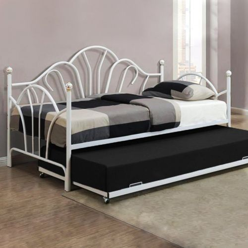 Studio 707 - Twin Size Metal Daybed with Trundle - Magasins Hart | Hart Stores