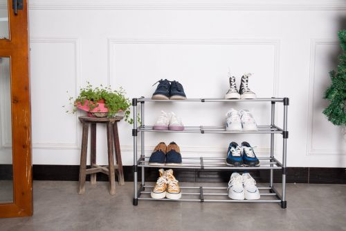 Extendable Shoe Rack (in-store pickup only)